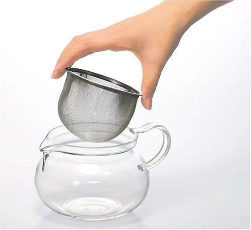 tea pot with strainer