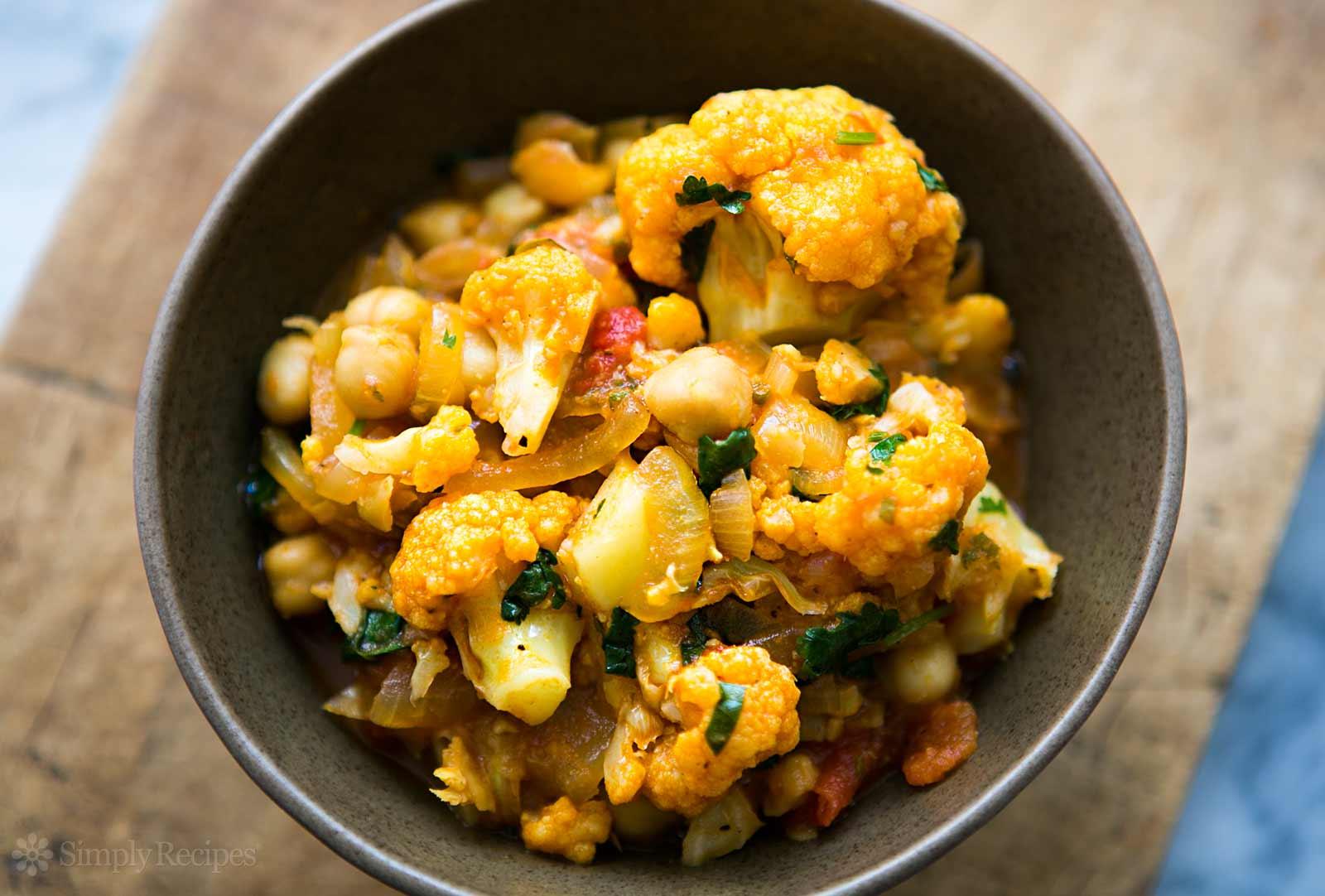 cauliflower-chickpea-curry-horiz-a-1600