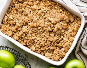 Super-Simple Spiced Apple Crumble